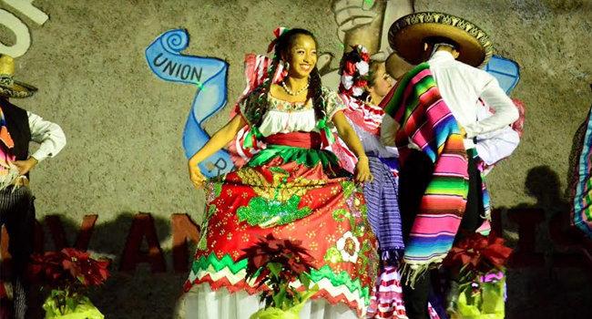 En Izúcar, celebran XVII Aniversario de la colonia Antorcha Popular. Foto: Especial
