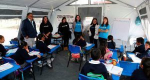Unicef y SEP supervisan clases en carpas de Tianguismanalco