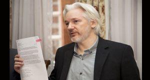 Ecuador naturaliza a Assange