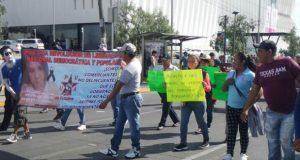 """Protesta 28 de Octubre por """"agresión"""" y """"despojo"""" en calzada Zaragoza"""