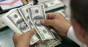 A horas de elecciones, dólar se vende en 20 pesos