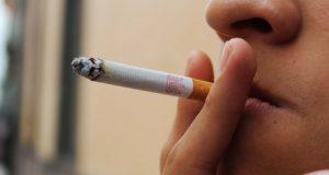 En Puebla, 25.4% de la población fuma; la mitad son mujeres: experto