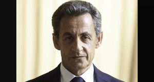 Por segunda vez, expresidente francés, buscará candidatura en 2017. Foto twitter: @NicolasSarkozy