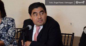 Ponen a Barbosa como candidato de Morena a la gubernatura de Puebla