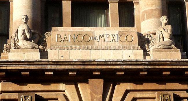 En el país, remesas suben 17.9% durante abril: Banxico