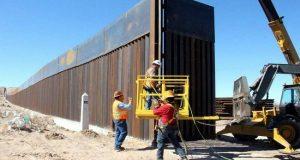 Trump pide casi 18 mil mdd para expandir muro fronterizo con México