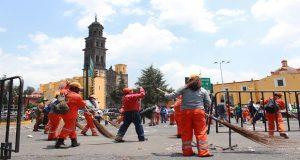 """Líder sindical de """"naranjitas"""" cobra en Comuna; recibe más de $17,000 al mes"""