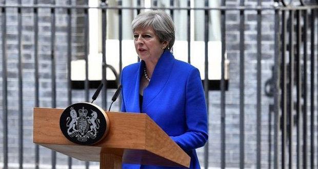 """May presentará """"plan B"""" del Brexit ante cámara baja de Parlamento"""