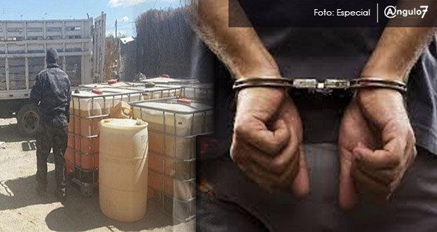 Dos expolicías municipales de Acatzingo fueron detenidos. Foto: Especial