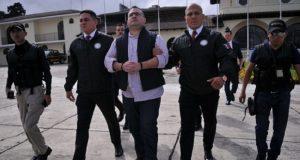 Por falta de pruebas, PGR modifica caso contra Javier Duarte