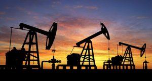 Estiman que producción de petróleo crudo de México siga cayendo