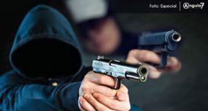 Desarman a policía al atender robo de Oxxo en San Manuel: Ssptm