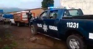 Enfrentamiento entre autoridades y huachicoleros deja un oficial herido