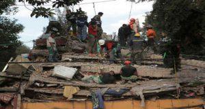 Van 273 muertos por sismo; acusan falta de apoyo en Morelos y Puebla