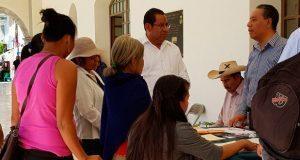 Ayuntamiento de Ahuatempan apoya corrección de actas de nacimiento