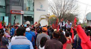 Tras protesta, Oosapat entrega convenio a vecinos de Tehuacán