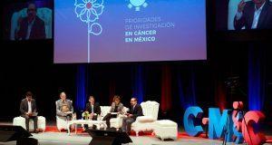 En BUAP, especialistas piden estrategia nacional contra el cáncer