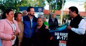 Banck entrega patrulla equipada a vecinos de colonia San Manuel