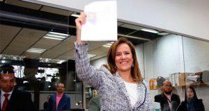 Margarita Zavala se anota en INE como independiente a Presidencia