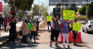 Vecinos de Xilotzingo se oponen a tala de árboles por L3 de RUTA
