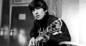 Conmemoran 16 aniversario luctuoso del exbeatle George Harrison