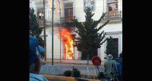 En Libres incendian comandancia; querían linchar a presunto violador