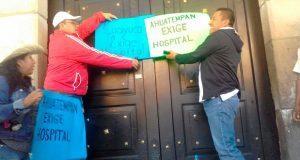 Pobladores de Cuayuca y Ahuatempan exigen hospitales municipales