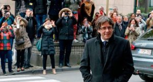 Juez belga da libertad condicional a Puigdemont y 4 exconsejeros