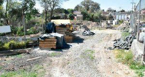 Vuelven a clausurar obras de complejo que afectaría manantial en Coronango