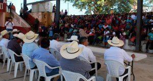 Antorcha gestiona apoyos para 440 cafetaleros en Huitzilan