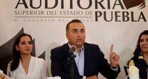 """Auditor de Puebla considerará candidatura """"sólo si se la ofrecen"""""""