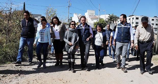 Arranca pavimentación de vialidad en la Ignacio Romero Vargas