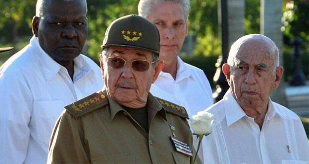 Raúl Castro renuncia como líder del Partido Comunista de Cuba