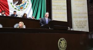 Diputado federal propone 65 años de cárcel a choferes feminicidas