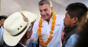 Gobierno estatal crea instituto para asistir a migrantes poblanos