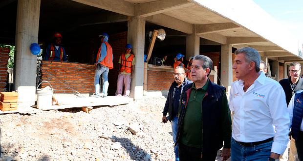 Reconstrucción de centro escolar en Izúcar, lista para enero: Gali