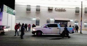 Sujetos intentan saquear tienda Coppel y una farmacia en Acajete