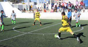 Disputan semifinales del torneo de futbol varonil de Antorcha