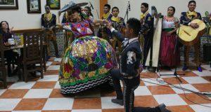 Mariachi de Antorcha se presenta en el CH de Puebla