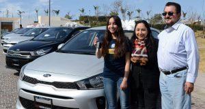 Dan casa, auto y bono a ganador de 2° premio del Sorteo BUAP