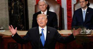 Trump pide unidad pero insiste en cerrar fronteras con México