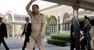 """Primer ministro Tailandés usa """"doble"""" para preguntas incómodas"""
