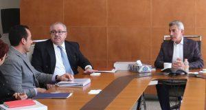Gali acude a reunión con embajador de México en Alemania