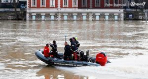 Por fuertes lluvias, se desborda río Sena y cubre calles en París. Foto: Especial