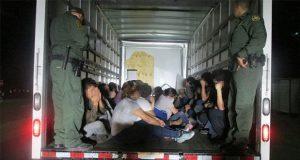 En Tamaulipas, rescatan a 109 migrantes hacinados en tráiler