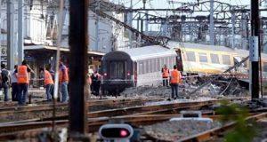 Por lo menos 200 heridos deja choque de trenes en Sudáfrica
