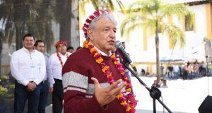 Promete AMLO 80 mil empleos a campesinos de Puebla