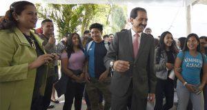 BUAP detona el desarrollo regional en Puebla: Esparza Ortiz