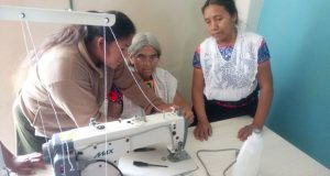 Invierten 100 mdp en dos talleres de costura en Huachinango