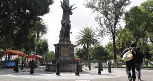 Comuna buscará recuperar baños concesionados de parques Juárez y Bravo